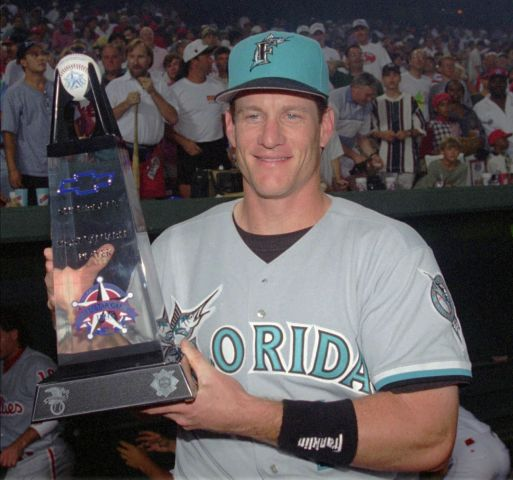 5ae0ec3ce2714_!MLBAll-StarGameMVPAward-(1995)JeffConine.thumb.jpg.24d9bf69be213328786a877ff9554e6d.jpg